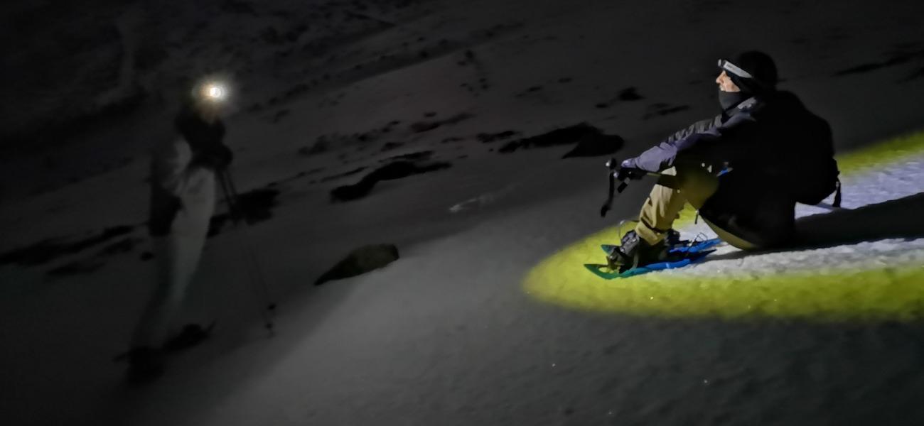 Raquetas bajo la Luna llena en Sierra Nevada